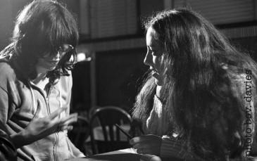 Susanne Tabata interviewing Joey Ramone, photo by Bev Davies