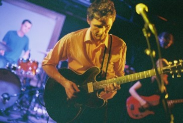 Dean Wareham, photo by Steve Louie