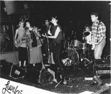 The Dilettantes, 1985,  at Luv A Fair     photo by Stan Kwok