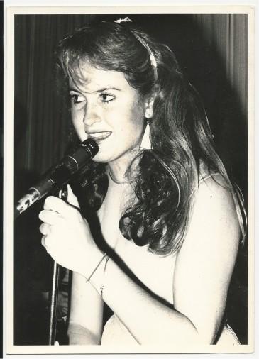 Erica Leiren performing at a Debutantes gig - Dave Jacklin photo
