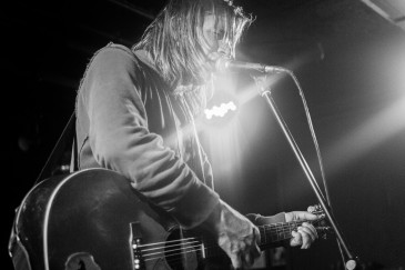 Evan Dando || photo by Allan Derksen