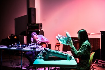 Oren Ambarchi & Crys Cole || Photo by Alisha Weng