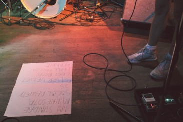 The Courtneys Set List || Photo by Lauren Ray