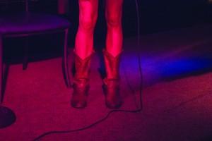 Karaoke at Pub 340    Photography by Sara Baar for Discorder Magazine
