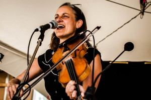 Local bluegrass fiddling legend, Kathleen Nisbet || Photography by Luis E. Busca for Discorder Magazine